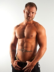 Austin Wolf Bio & Info