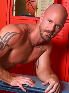 free-nude-gay-male-pics-sex-hound-fucking-minnesota-mothers-nude-pics